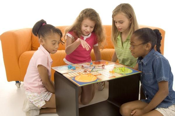Что подарить девочке от 3 до 10 лет? (рис. 8)