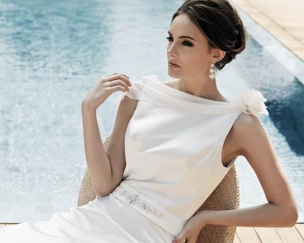 Короткая стрижка и свадебное платье