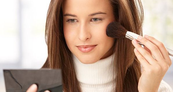 Простые способы освежить прическу и макияж (рис. 3)