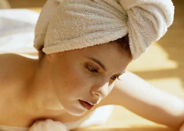 Маска для роста волос с репейным маслом и витаминами (рис. 1)