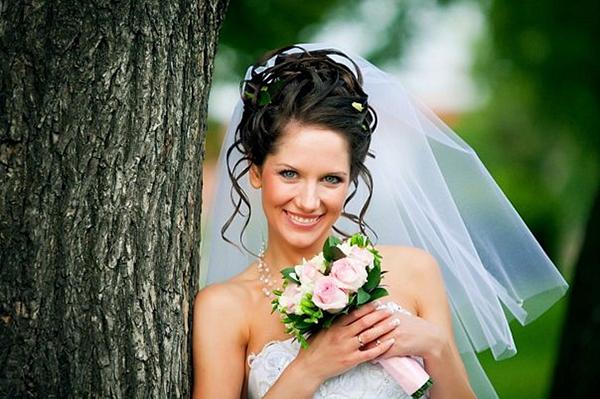 Прическа для самой стильной невесты (рис. 11)
