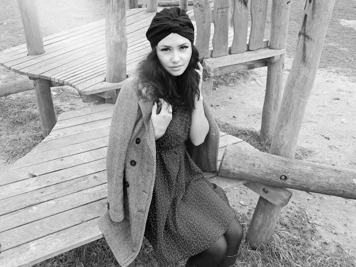 Женские платья для холодной поры (рис. 19)