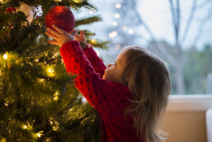 Готовимся к Новому году: как украсить дом (рис. 30)