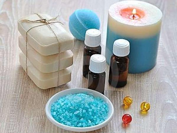 Эфирные масла: незаменимы при уходе за кожей лица (рис. 1)