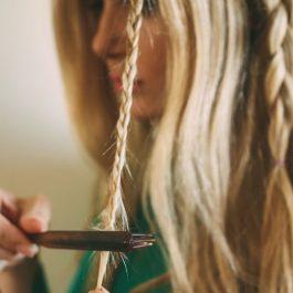 Прическа шикарной косы в фотографии (рис. 7)