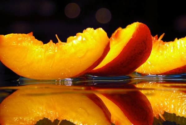 Персиковое базовое масло (рис. 1)